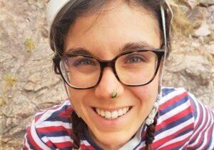 Juliana, 26